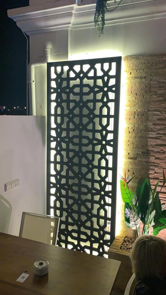Celosias personalizadas en Málaga